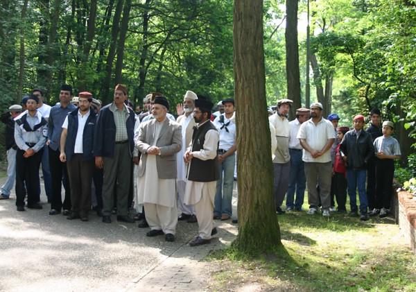 Departure of Hazrat Khalifatul-Masih V (aba) from Holland