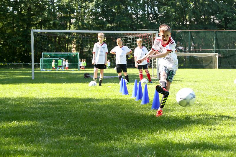hsv_fussballschule-295_48047994628_o.jpg