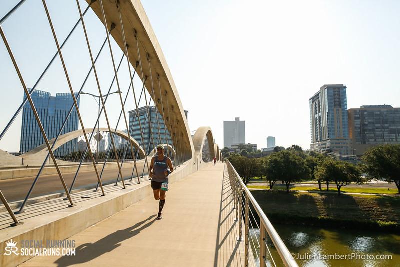 Fort Worth-Social Running_917-0105.jpg