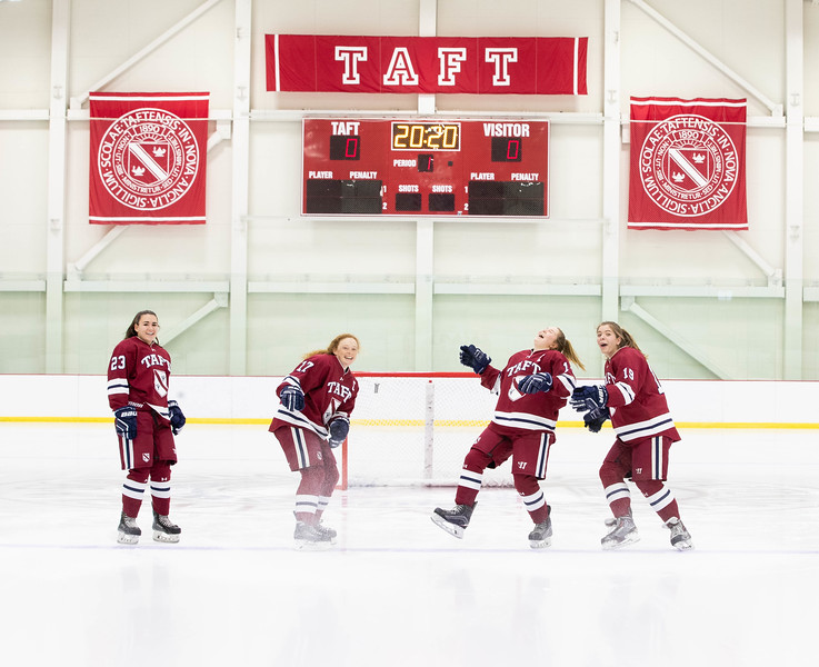 Girls' Varsity Hockey team photo