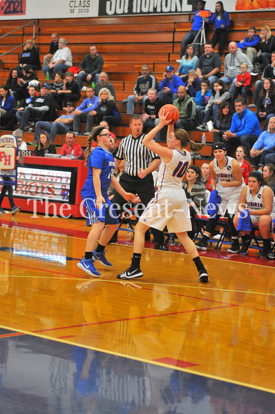 11-30-17 Sports Defiance @ Patrick Henry Girls BB