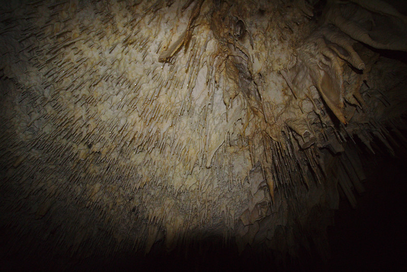 kournas cave_07.jpg