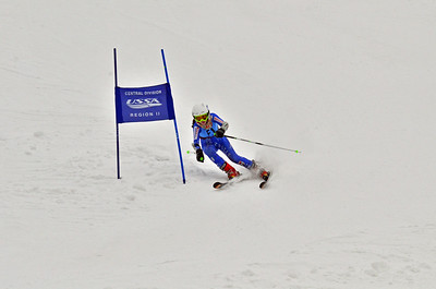 Dec 30-31 Mt Ripley J123 (M) GS 2nd race 2nd run
