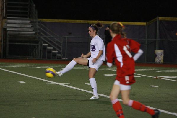 2008-11-01 IHS Girls Soccer vs Newport