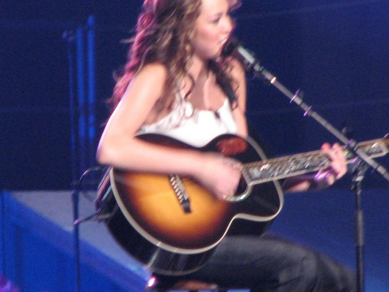 Jonas Brothers & Miley Cyrus/Hannah Montana