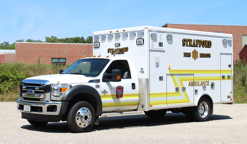 Ambulance 1   2011 Ford F-550 / AEV