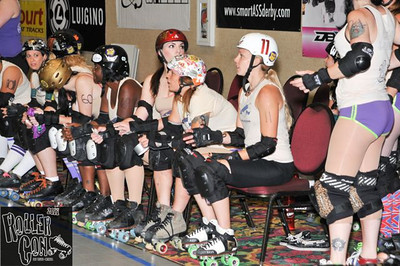 Thursday's FREE Lo-Resolution Fotos from RollerCon 2011