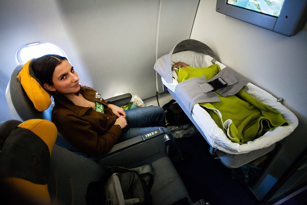V letadle s miminem
