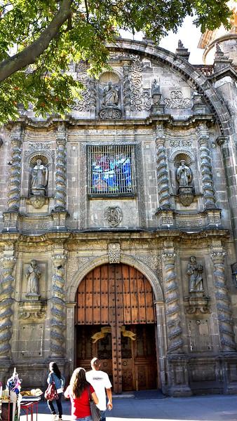 20141024_101215_Richtone(HDR) San Fran entrance.jpg