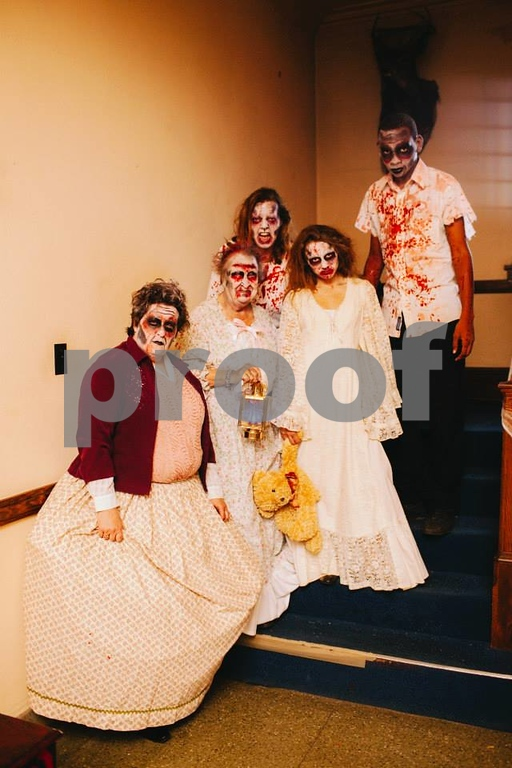 . Photo by Dani Almond The family that spooks together .... um .... spooks together?