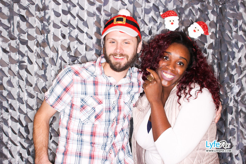 red-hawk-2017-holiday-party-beltsville-maryland-sheraton-photo-booth-0134.jpg