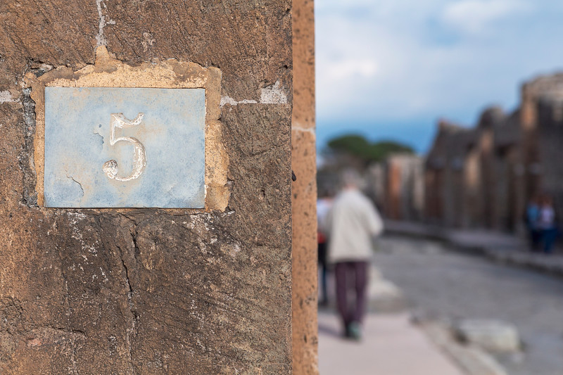 Pompeii 6991.jpg