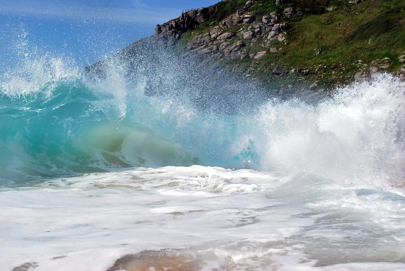Porthcurno wave 3.jpg