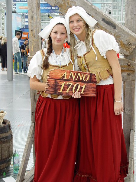 Anno 1701 Booth Babes