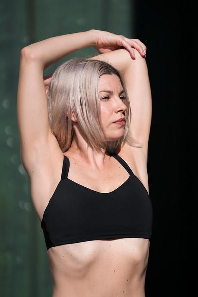 IG - Hawaii - Madeleine Russick - Yoga-1264.jpg