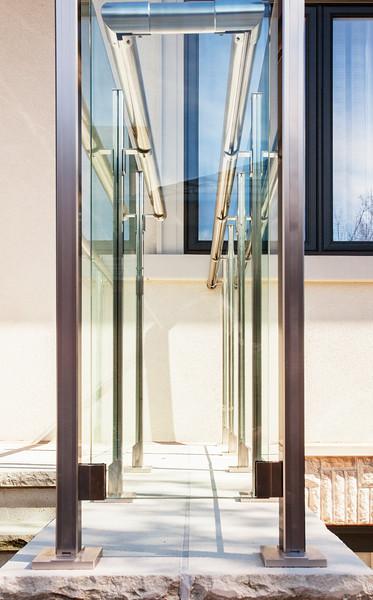 Glassrailing5.jpg