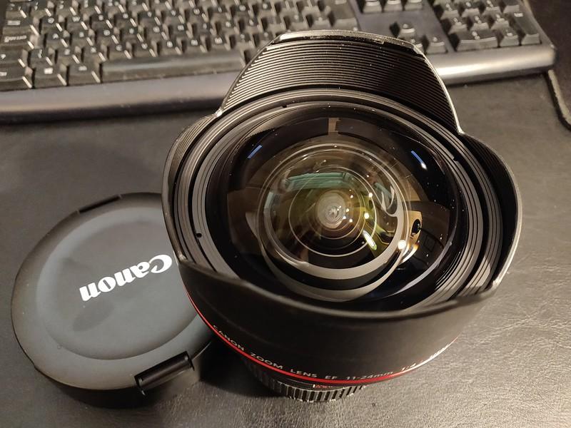 Canon EF 11-24mm 4.0 L - Serial 5020000615 002.jpg