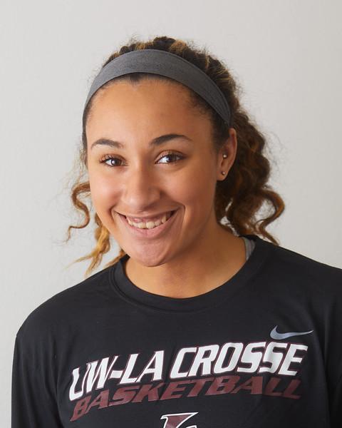2019 UWL Womens Basketball 12.jpg