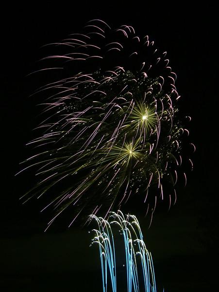 2005_1028tootingfireworks071_edited-1.JPG
