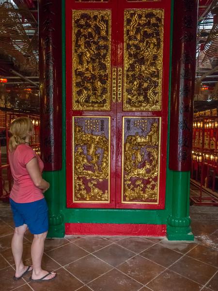 things to do in hong kong man mo temple deb.jpg