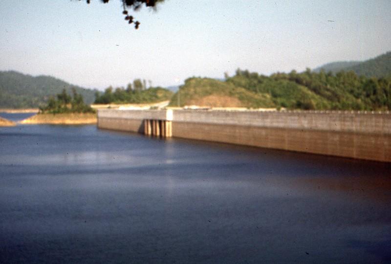 1952 May - Fontana Dam, Upper Side