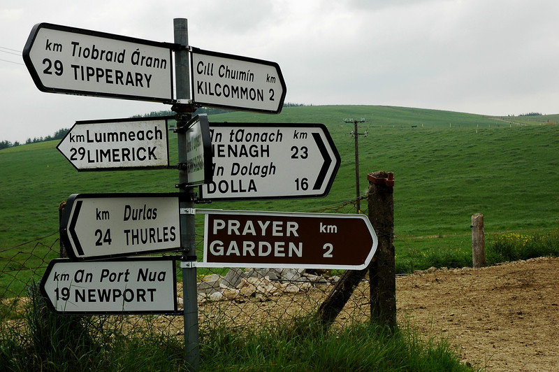Irish Road Signs.JPG