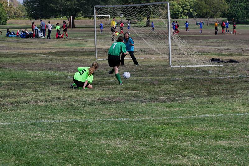 Soccer2011-09-17 11-24-30.JPG
