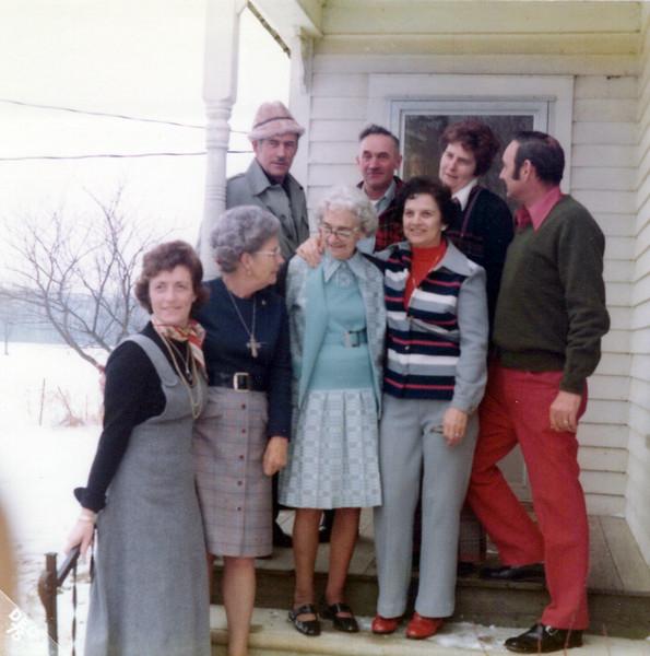 1975 Cline, Hec, Nelda, Hollis, Vivian Helen Nellie, Guyla.jpeg