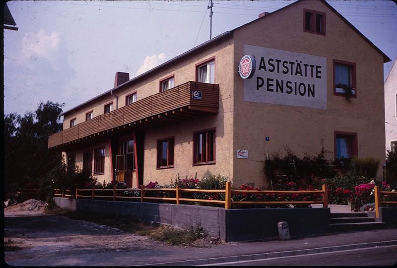 1964 04 Tirchenreuth Feneral.jpg
