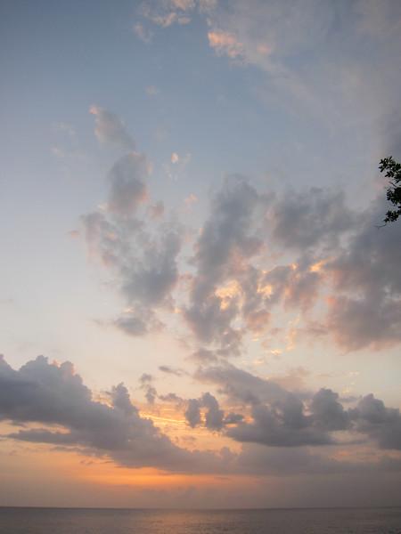 20110623-174803_BE7f_Canon PowerShot S95.jpg