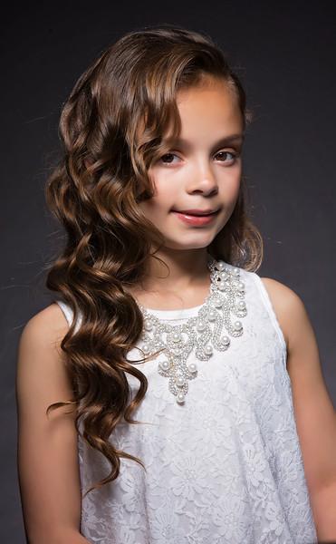 Miss Little and Pre Teen Illinois Latina