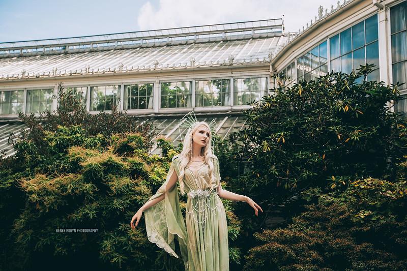 Maria-Garden_8305WEB.jpg
