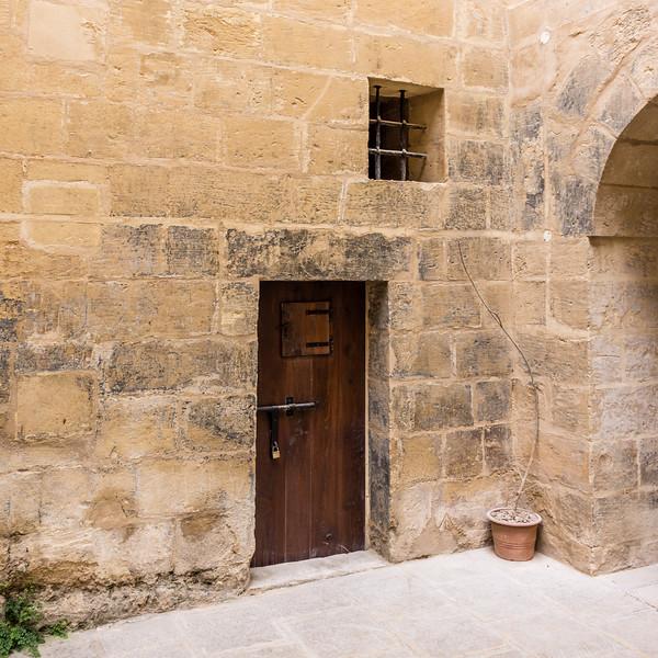 door window arch.jpg