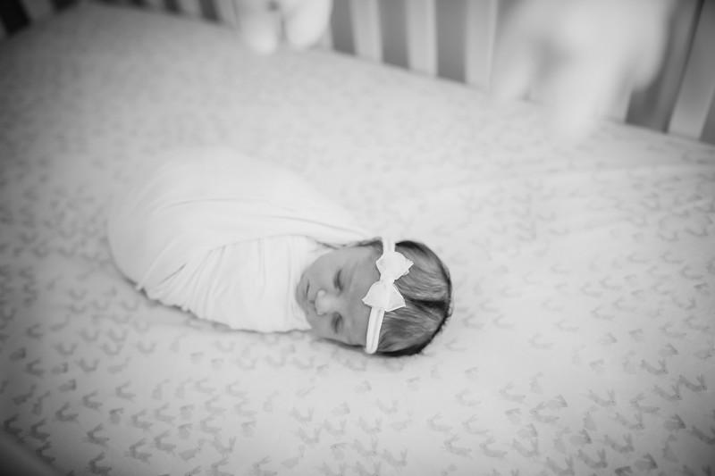 bw_newport_babies_photography_hoboken_at_home_newborn_shoot-5174.jpg