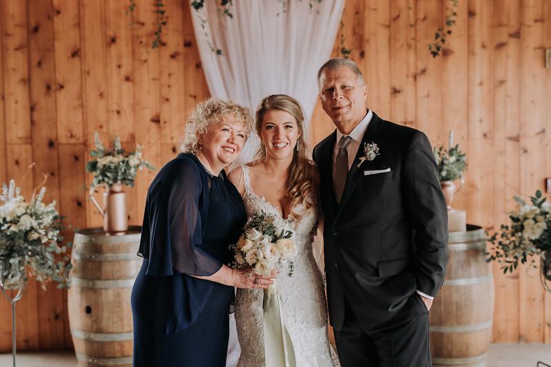 Seattle Wedding Photographer-625.jpg