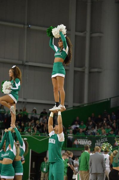 cheerleaders1422.jpg