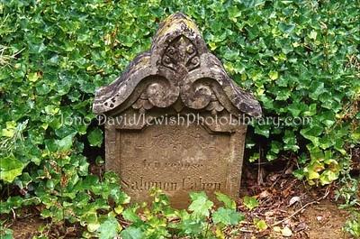 LUXEMBOURG, Luxembourg City. Cimetiere de Clausen (Old Cemetery, mid-1850s -1890), Rue Jule Wilhelm (Passage de Treves). (2006)