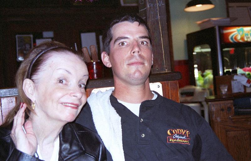 2003 12 - Cody's Steakhouse 02.jpg