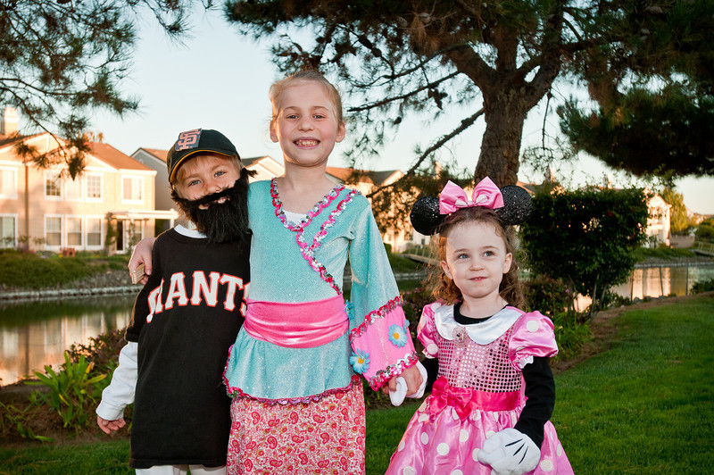The cousins all costume'd up!