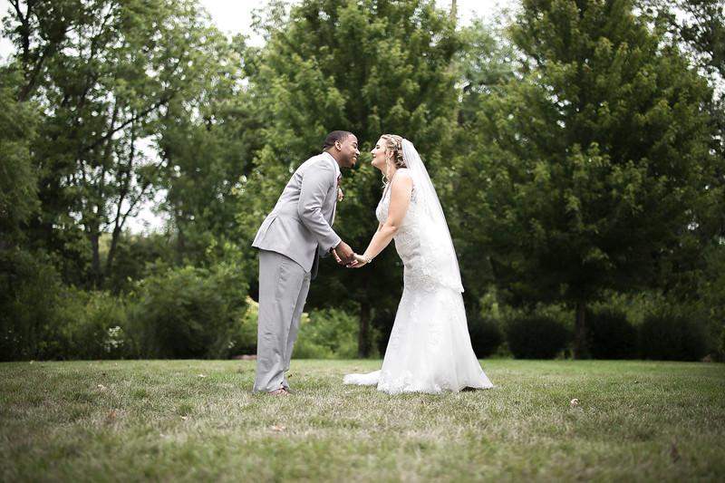 Laura & AJ Wedding (0352).jpg