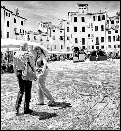 Lucca in black and white
