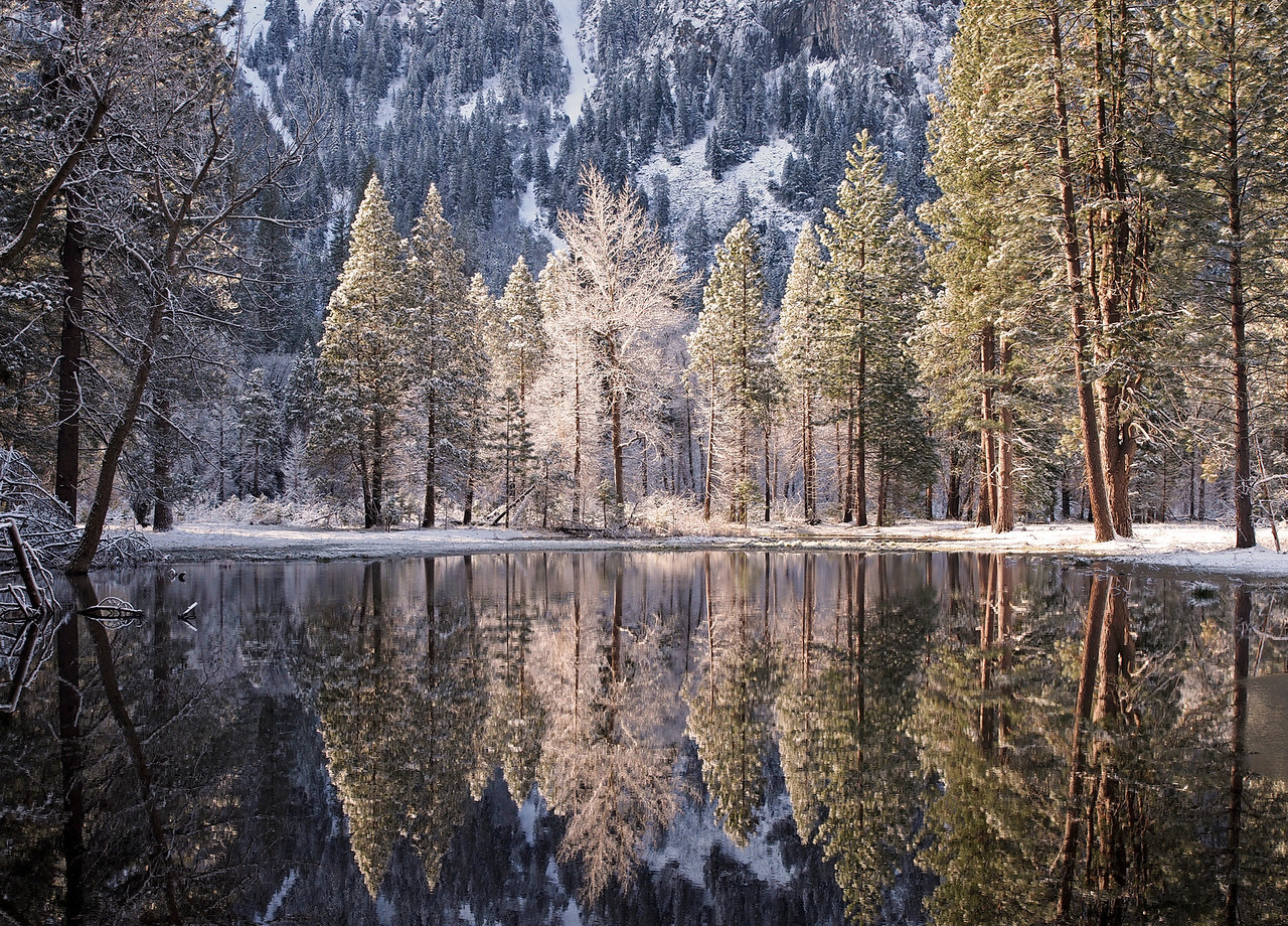 Morning reflections in Yosemite Valley - 9 Apr 2011