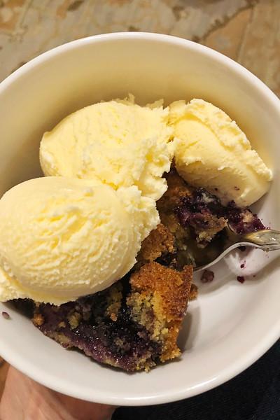 blueberry cake 2.jpg