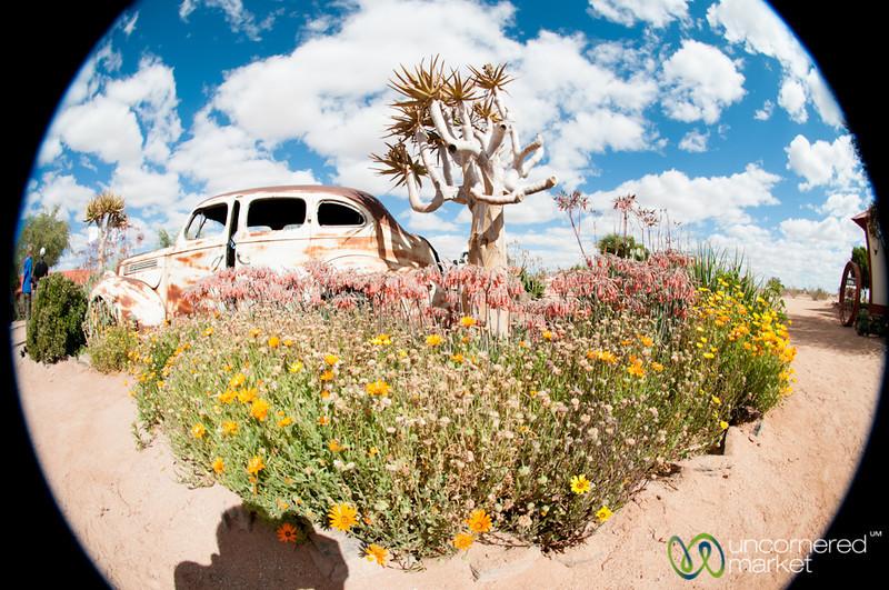 Cañon Roadhouse, Old Car - Namibia