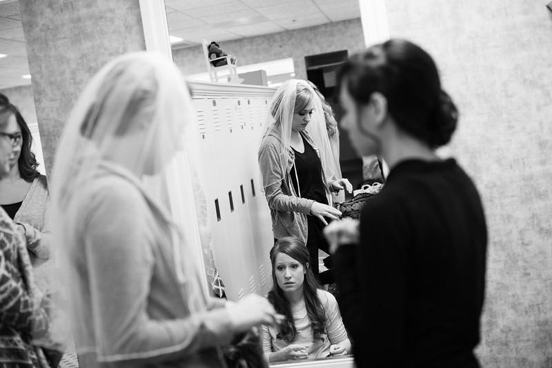 Torres Wedding _Getting Ready  (154).jpg