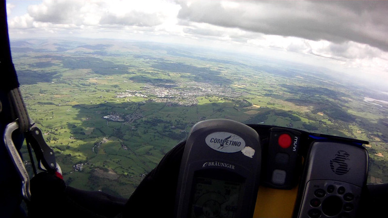 Looking south to Kendal at start of  long, sinky glide.