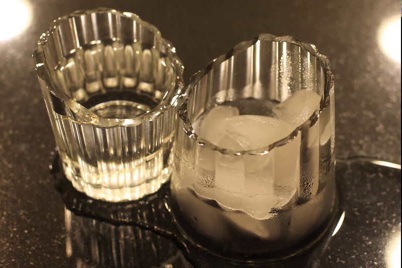 Half Glass 1080.mov