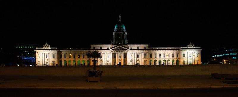 The Custom Building in Dublin  at night