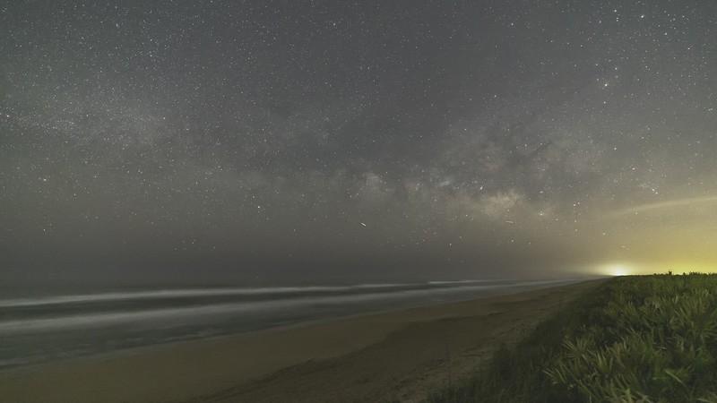 Apollo_Beach_TL_ProRes-444_BT2020L_4K_24_UHQ.mov