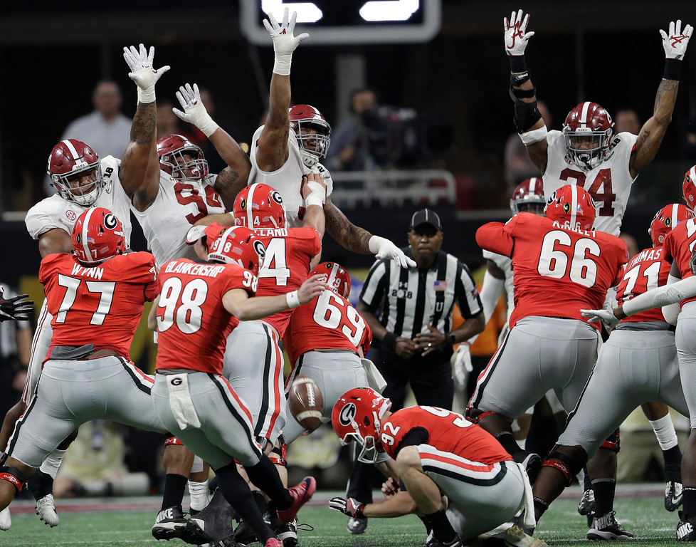 . Georgia place kicker Rodrigo Blankenship makes a field goal during the first half of the NCAA college football playoff championship game against Alabama Monday, Jan. 8, 2018, in Atlanta. (AP Photo/David J. Phillip)